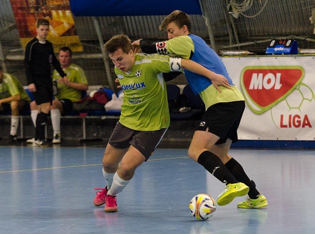 Futsalisté FC Handball mají po šesti zápasech plný počet bodů.