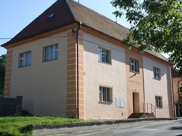 Bývalá škola v Pohoří.