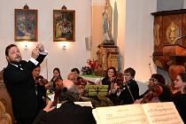 Koncert Píseckého komorního orchestru v Čížové.