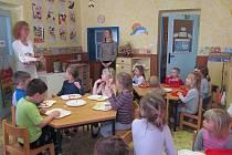 Hrátky se Zdravou 5 v Mateřské škole Kostelec nad Vltavou.