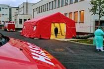 Písečtí dobrovolní hasiči vybudovali zázemí pro odběry na covid-19.