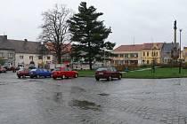 Náměstí v Mirovicích.