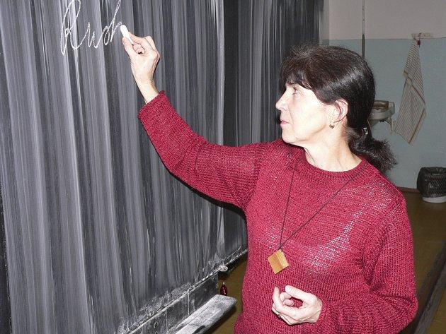 Učitelka Ilona Šmelhausová.