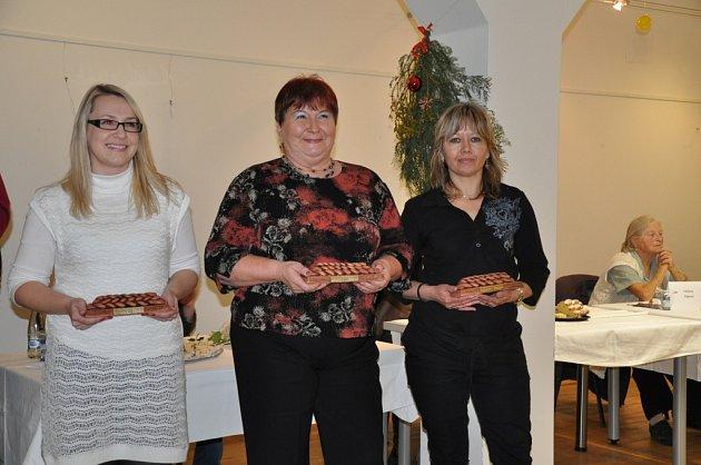 Do prvního ročníku soutěže o nejlepší vánočku se přihlásili také tři muži. Porotě předsedal herec Petr Brukner.