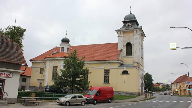 Kostel Nejsvětější Trojice v Čimelicích.