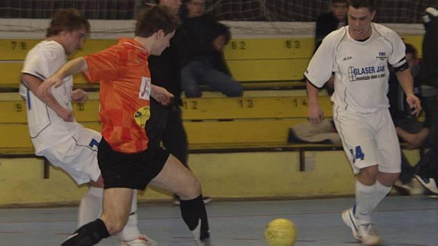 Již v sobotu 26. dubna začne v písecké sportovní hale čtvrtfinále play off okresního přeboru ve futsalu-FIFA.