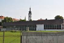 Tělocvičny se ve čtvrtek otevřou, ale bazén ani stadion ne. Ilustrační foto.