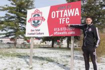 Šéftrenér klubu Ottawa TFC Vladan Vršecký