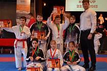 Děti z SKP karate Písek přivezly dvacet dva medailí.