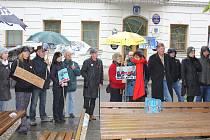 Protestní akce proti Babišovi a změnám v justici byla i v Kovářově.