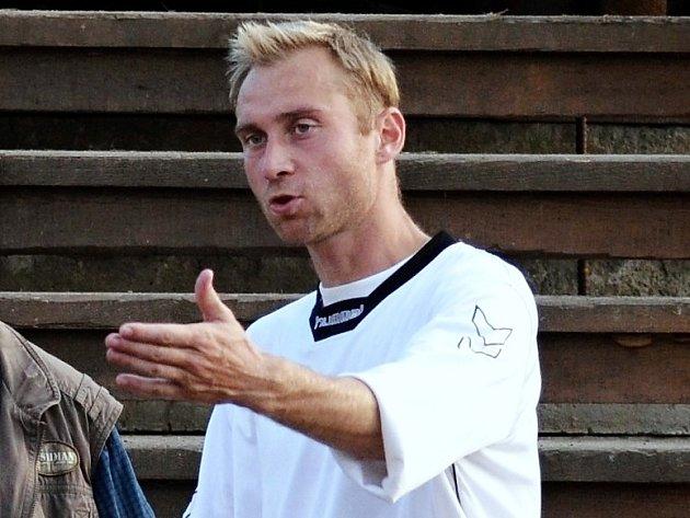 JOSEF ŠÁCHA, hlavní trenér mládeže FC Písek.