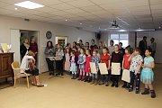 Děti navštívily seniory v diakonii.
