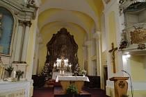 Kostel svatéko Klimenta v Mirovicích.
