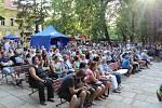 Páteční program městské slavnosti v Palackého sadech.