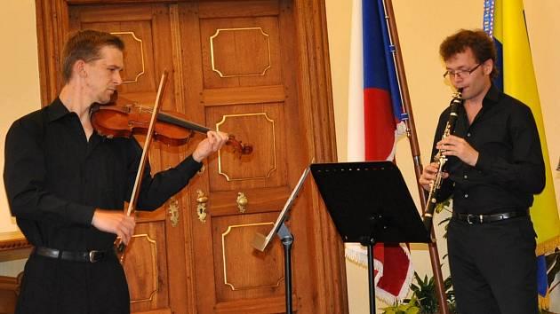 Na koncertu v písecké Trojici zahraje houslista Jiří Votýpka a pořadem bude provázet flétnista Radek Žitný.