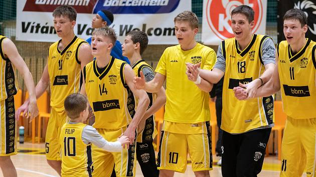 Sršni Sokol Písek – Valencia Basket 88:72 (26:24, 17:14, 18:20, 27:14).