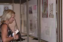 Snímek je z výstavy nejúspěšnějších prací z minulého ročníku Mezinárodního bienále kresleného humoru, která se uskutečnila v písecké Sladovně.