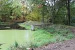 Stezka ke Klášterským rybníkům.