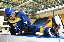 Písečtí hokejisté odstartovali sezonu těsnou porážkou v Chebu. Ilustrační foto.