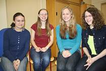 ÚSPĚŠNÝ TÝM.  Na snímku jsou zleva Alena Čunátová, Kristýna Ilievová, Kristýna Souhradová a Tereza Kutilová.