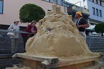Tvorba soch na Cipískoviště.