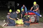 Noční soutěž hasičů v Chřešťovicích.