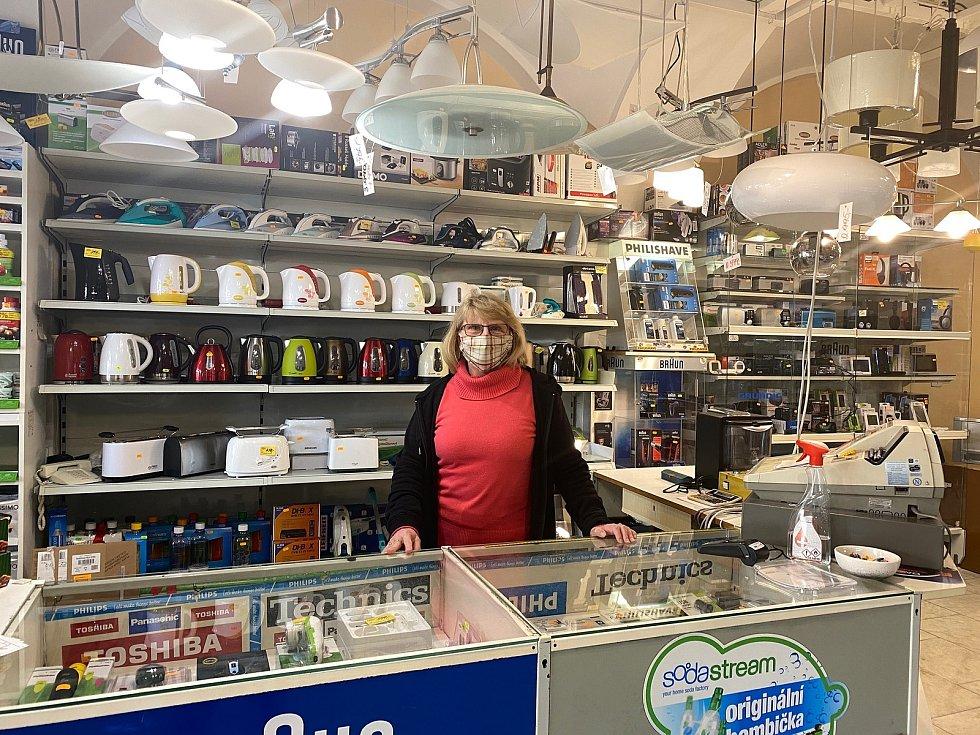 Alena Vávrová, spolumajitelka obchodu s elektronikou.