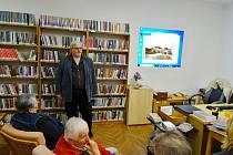 O zločinech poutavě vyprávěl historik Vladimír Šindelář.