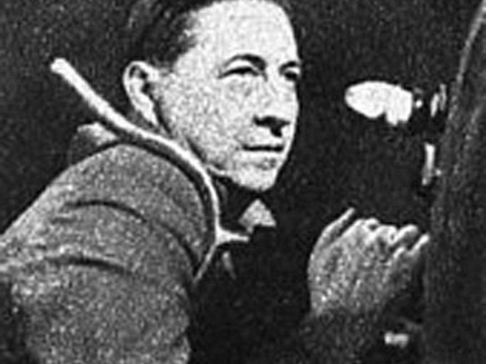 Ferdinand Pečenka, kameraman filmu Mikoláš Aleš.