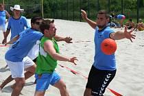 DRUHÝ ROČNÍK. Turnaj v plážové házené Městský sportovní areál v Písku přivítal letos už podruhé.