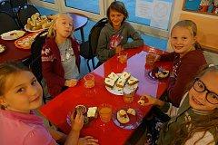 Snídaně na Cestě aneb Tvoříme pospolitou školu.