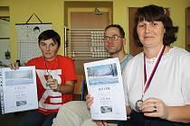 ÚSPĚCHY. Na snímku jsou zleva Věra Dobešová, Radek Kalina a Ivana Hrabáková.