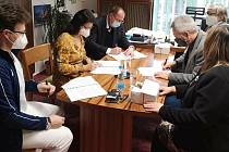 Podpis kolektivní smlouvy.