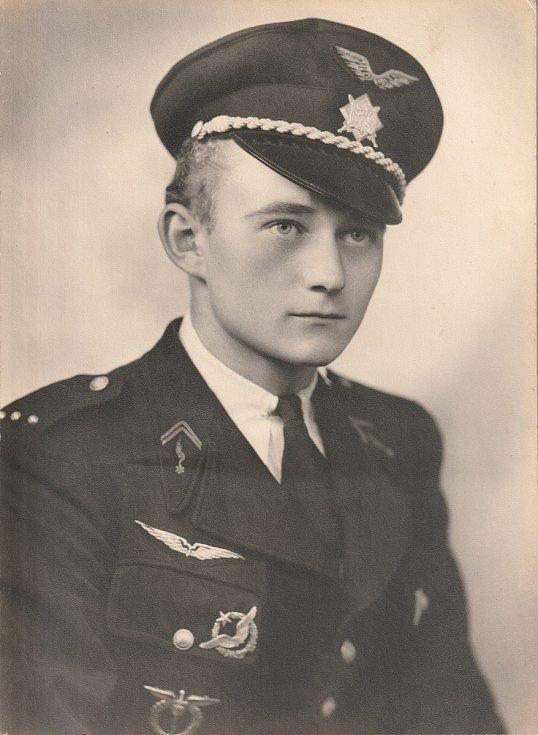 Pilot RAF Jan Jeřábek.