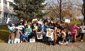 Děti poznávaly zvířata a život v lese.
