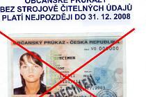 Občanský průkaz bez strojově čitelných údajů platí nejpozději do 31.12. 2008.