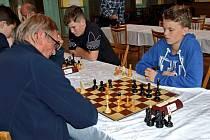 Mladý šachista Benedikt Chmelík