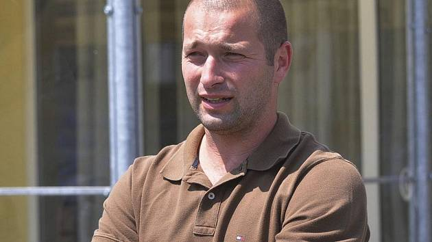 Leoš Gornický, předseda fotbalového klubu FC Písek, pozorně sledoval domácí zápasy třetiligového týmu, který bude na jaře usilovat o záchranu v soutěži.