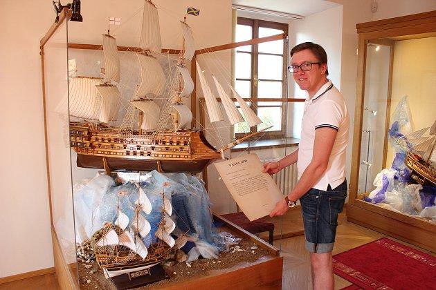 Výstava Na levoboku LOĎ! v Milevském muzeu.
