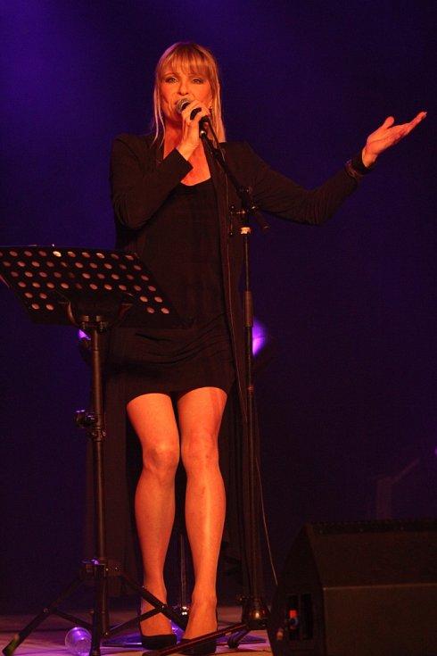 Chantal Poullain na Hostínském divadelním létě.