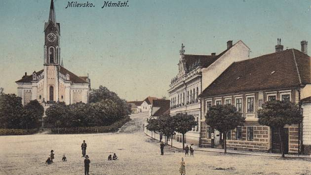 Milevské náměstí na staré pohlednici, datované rokem 1912.