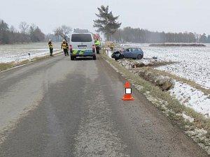 Dopravní nehoda na Kostelecku s tragickými následky