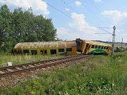 Nehoda vlaku s traktorem u Smrkovic.
