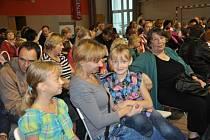 Vyučování zahájila soukromá křesťanská základní škola Cesta, kterou otevřel Sbor Církve bratrské.