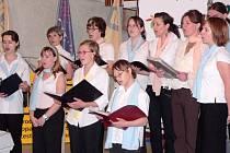 Při vyhlášení výsledků přehlídek Tourpropag a Euroregionpropag zazpíval písecký Sborissimo (DDM Písek).