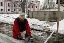 Nádvoří milevského kláštera prochází rekonstrukcí