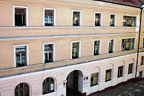 Tuto budovu Obchodní akademie Písek brzy opustí.