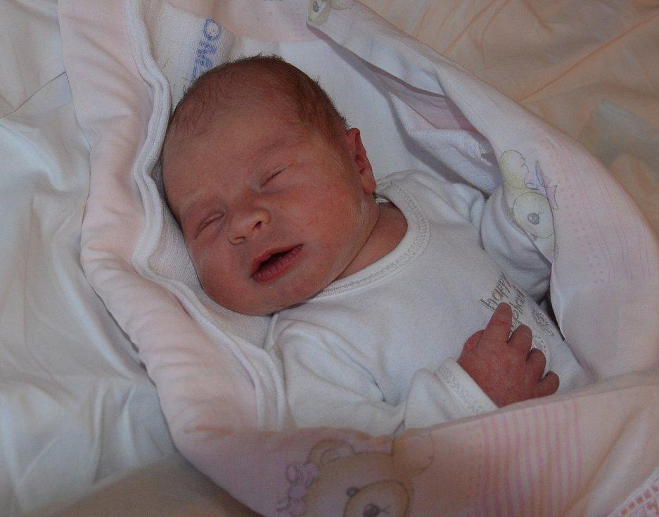 Eliška Matulová zMirovic. Dcera Lenky Matulové a Zdeňka Vondráška se narodila 29. 12. 2018 v10.29 hodin. Při narození vážila 2800 g a měřila 47 cm.
