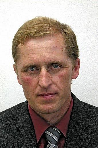 Jan Adámek, VPM, 50let, ředitel ZŠ J. Husa, je nováčkem vpíseckém zastupitelstvu. Dvanáct let působí jako ředitel základní školy J. Husa vPísku. Rád organizuje akce pro děti idospělé.