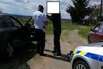 Řidič na Písecku několikrát nadýchal přes tři promile alkoholu.